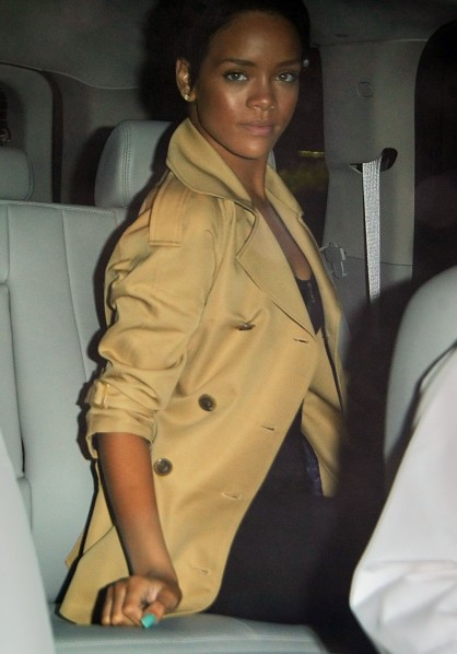 Little Miss Sunshine Rihanna going out to dinner...
